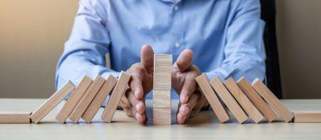 Minimal Risk Trades on Raceoption